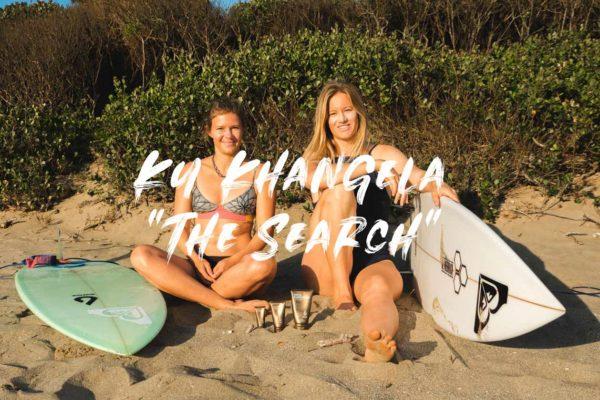 Bianca Buitendag und Lena Stoffel am Strand mit Sonnencreme